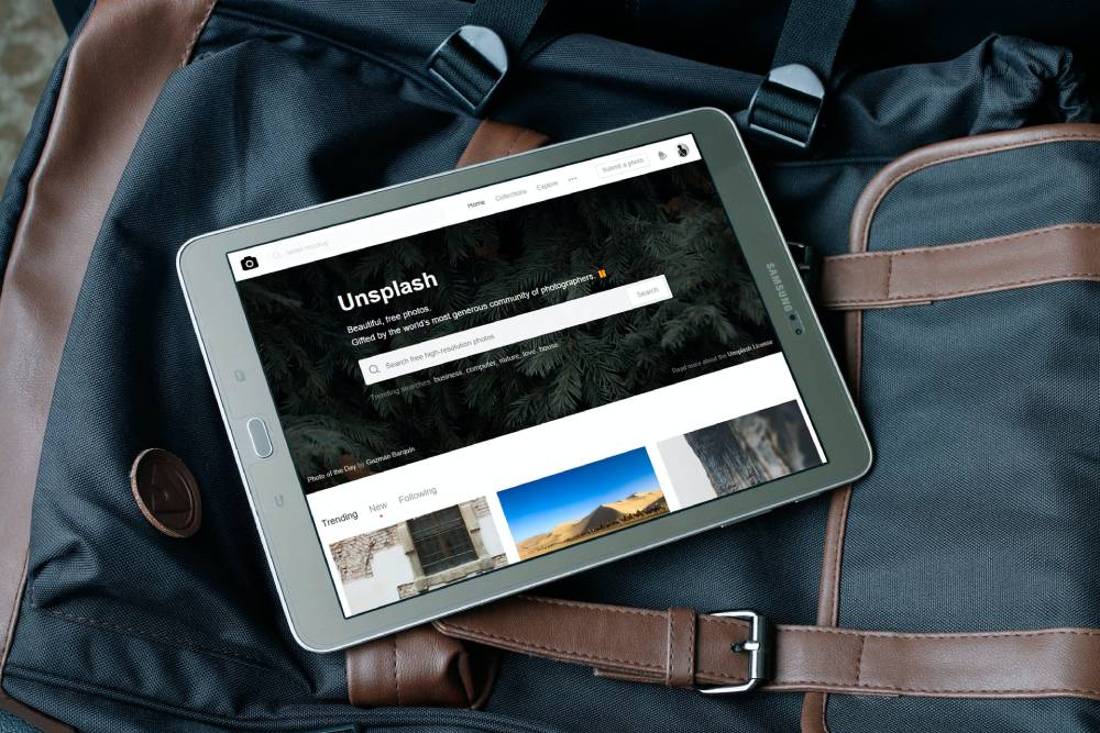 Stock photo search on tablet device