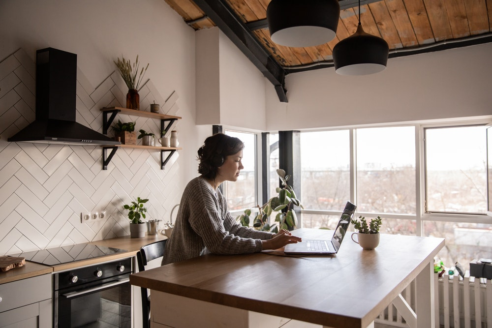 stay healthy while working remotely