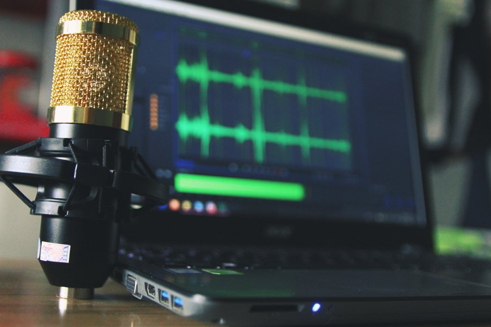 How to Start a Podcast and Grow Your Very Own Audience