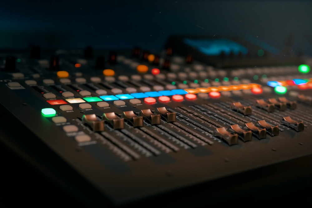 How to Create Great Direct Reaction Radio Advertising Campaigns